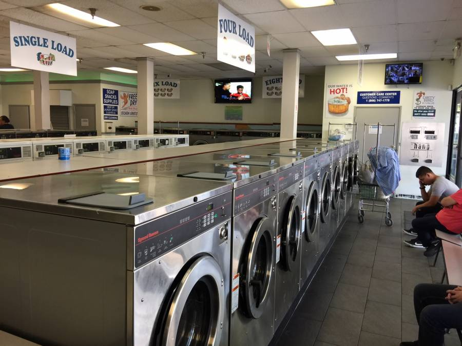 Coin-Op Laundromat for Sale in Selma, CA