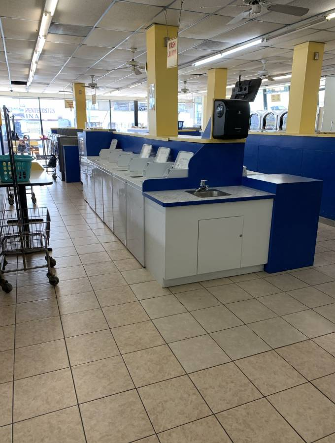 North Hollywood CA - Coin Laundry For Sale