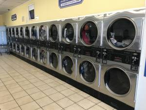 Lancaster CA - Coin Laundry