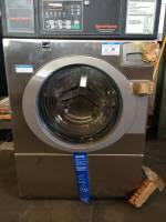 Laundry Equipment - Used Commercial Laundry Equipment - Used Speed Queen Equipment - New Speed Queen SFNLYFSG Front Load Washer 18 lb Capacity
