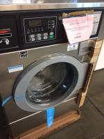 Laundry Equipment - Used Commercial Laundry Equipment - Used Speed Queen Equipment - New Speed Queen SFNLYF 18lb Washer