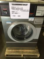 Laundry Equipment - Used Commercial Laundry Equipment - New Speed Queen SFNLYFSGN